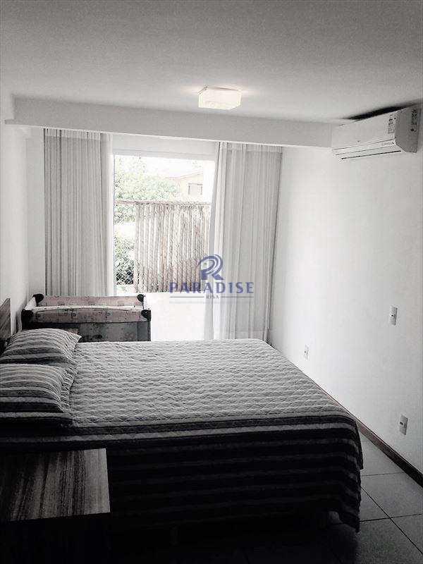 Apartamento em Guarajuba (Camaçari), bairro Guarajuba