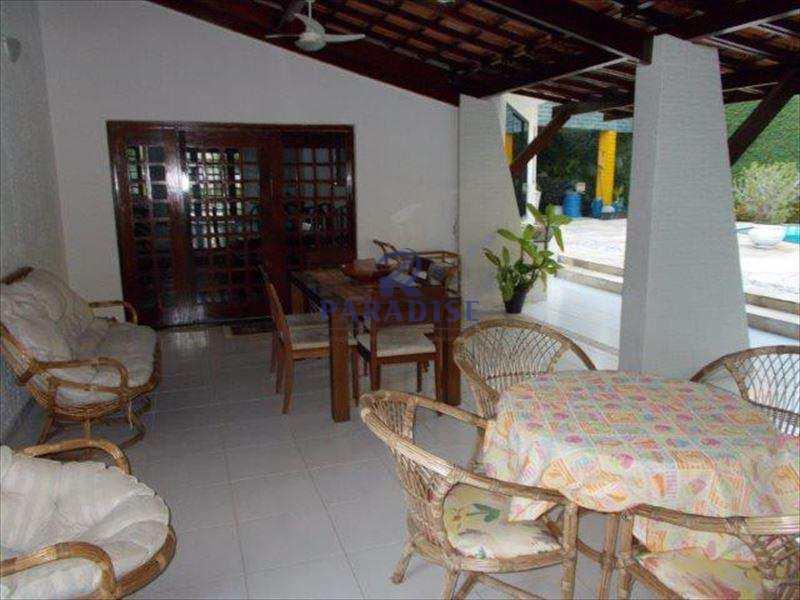 Casa em Lauro de Freitas, no bairro Centro