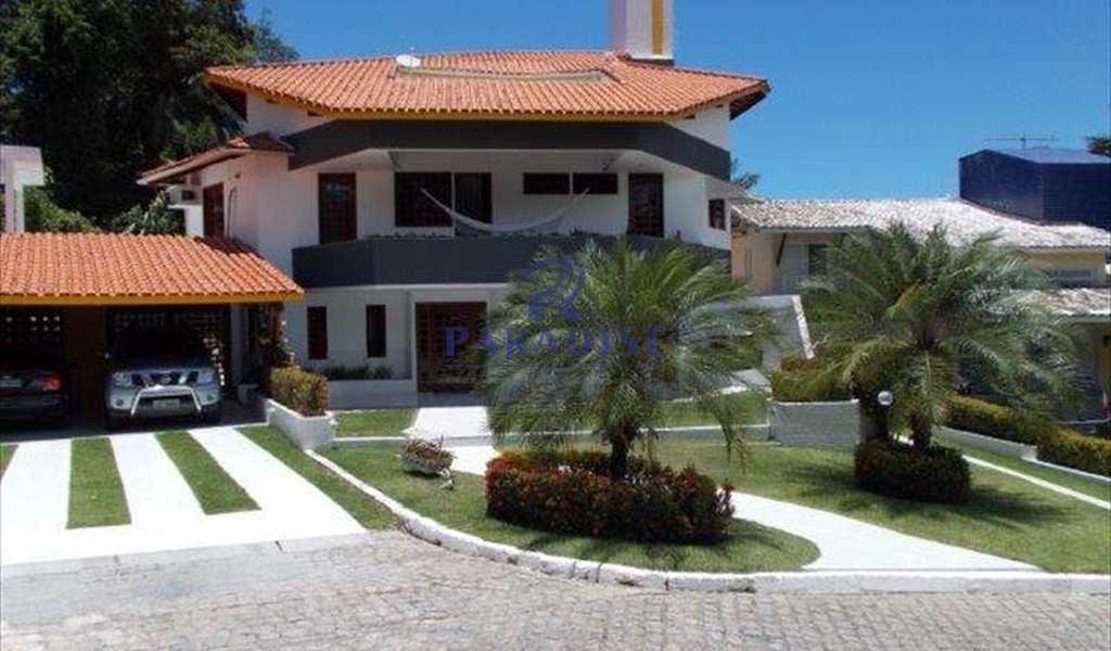 Casa em Lauro de Freitas, bairro Centro