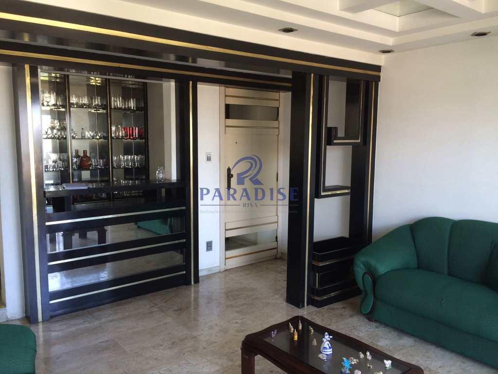 Apartamento em Salvador, bairro Itaigara
