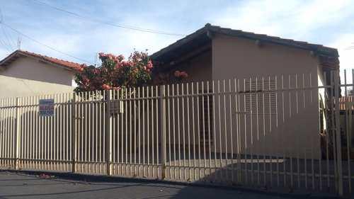Casa, código 2826 em Jales, bairro Jardim Arapuã