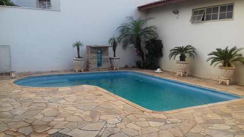 Casa, código 2898 em Jales, bairro Residencial Maria Silveira