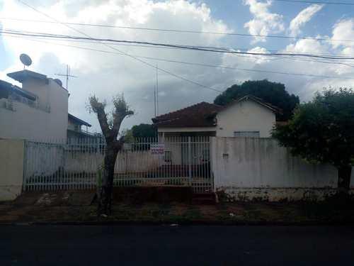 Casa, código 2983 em Jales, bairro Centro