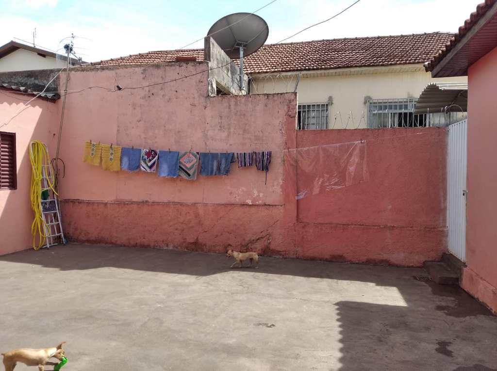Casa em Jales, no bairro Jardim Europa