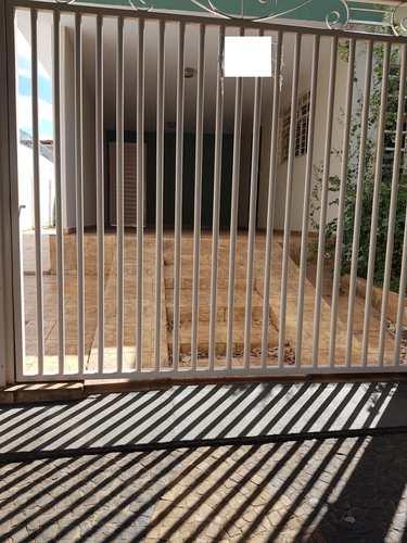 Casa, código 3424 em Jales, bairro Centro