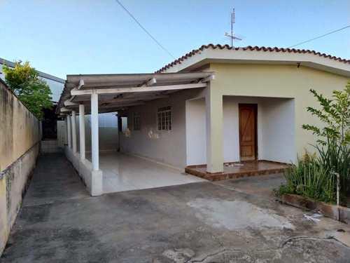 Casa, código 3587 em Jales, bairro Vila Pinheiro