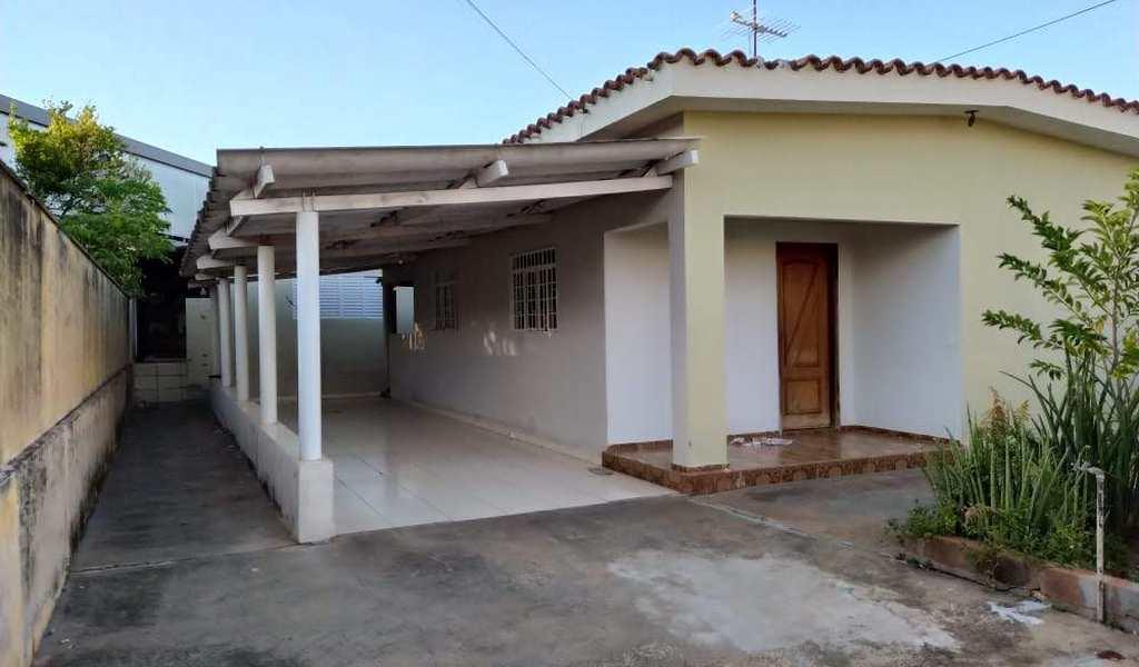 Casa em Jales, bairro Vila Pinheiro