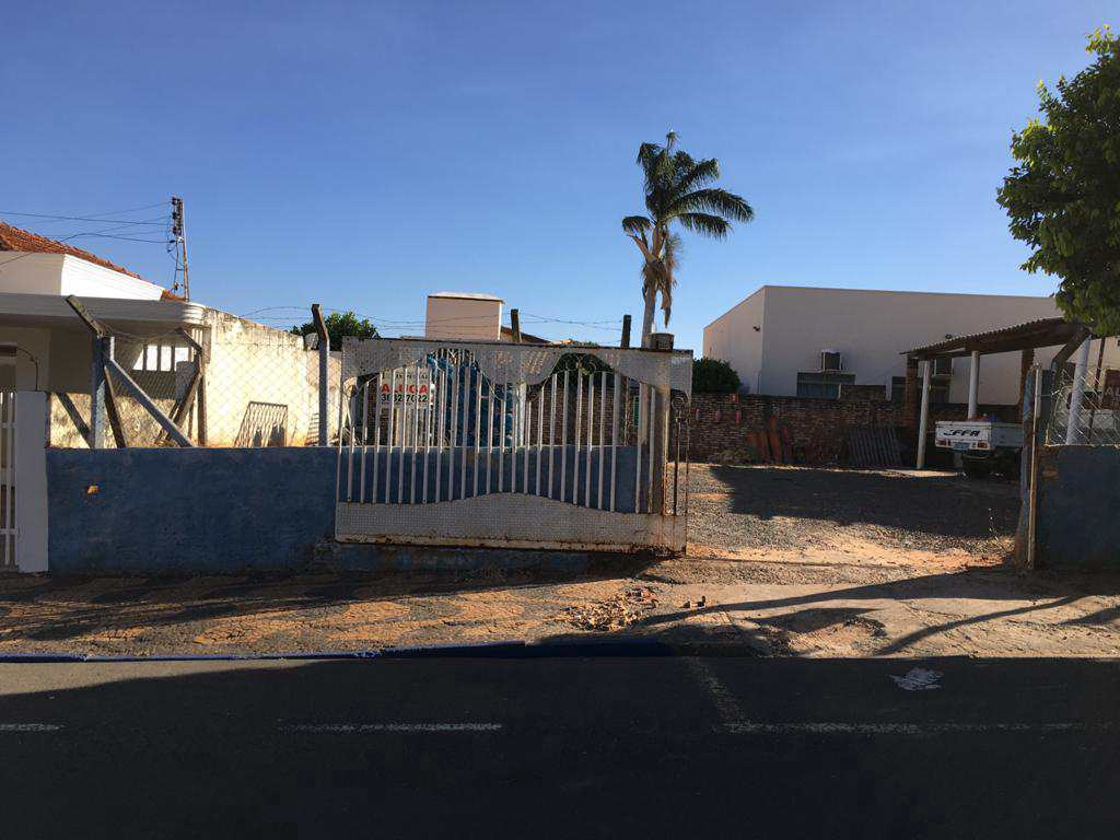 Terreno Comercial em Jales, no bairro Centro