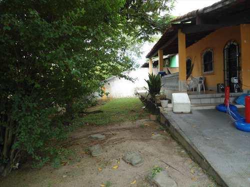 Casa, código 473 em Araruama, bairro Viaduto