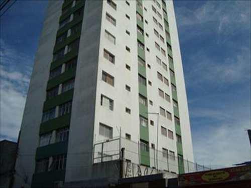 Apartamento, código 711 em Suzano, bairro Centro