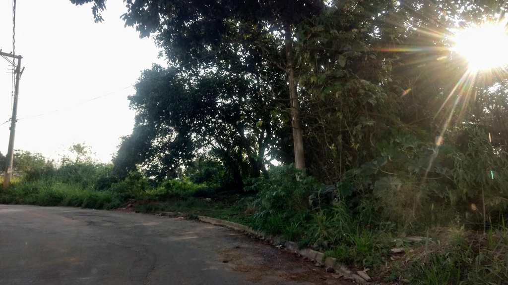 Área Comercial em Suzano, no bairro Chácaras Nova Suzano