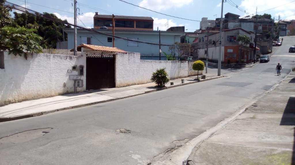 Casa em Ferraz de Vasconcelos, no bairro Tanquinho