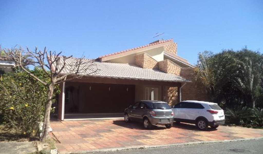 Casa de Condomínio em Suzano, bairro Vila Colorado