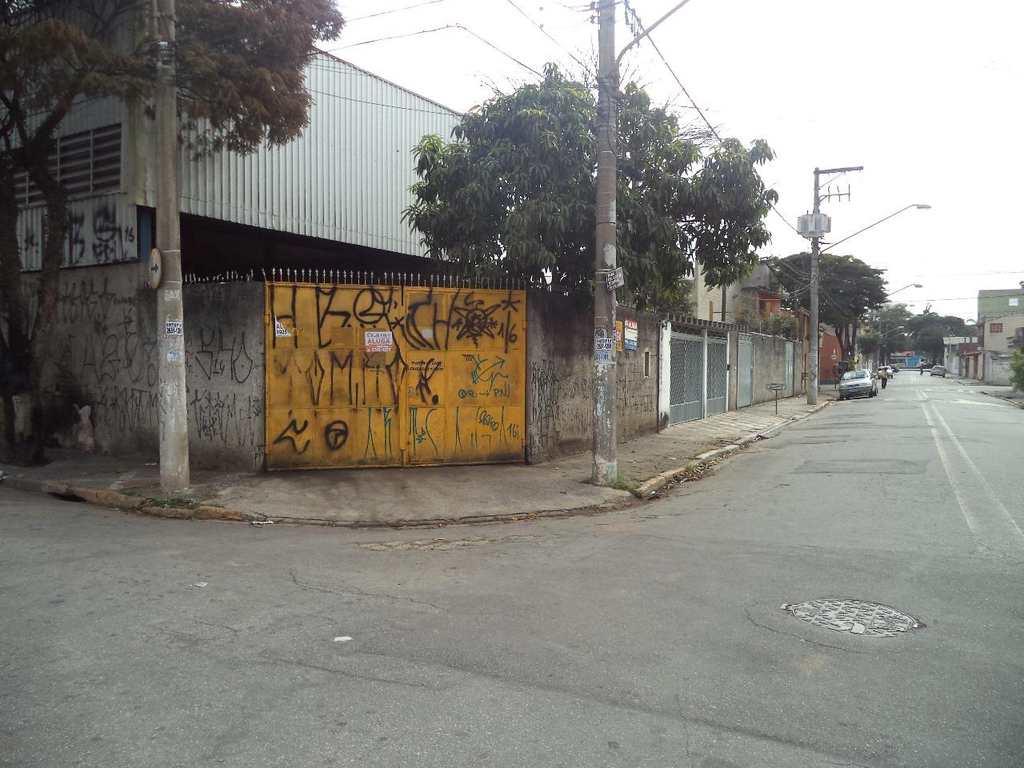 Galpão em Suzano, no bairro Vila Amorim