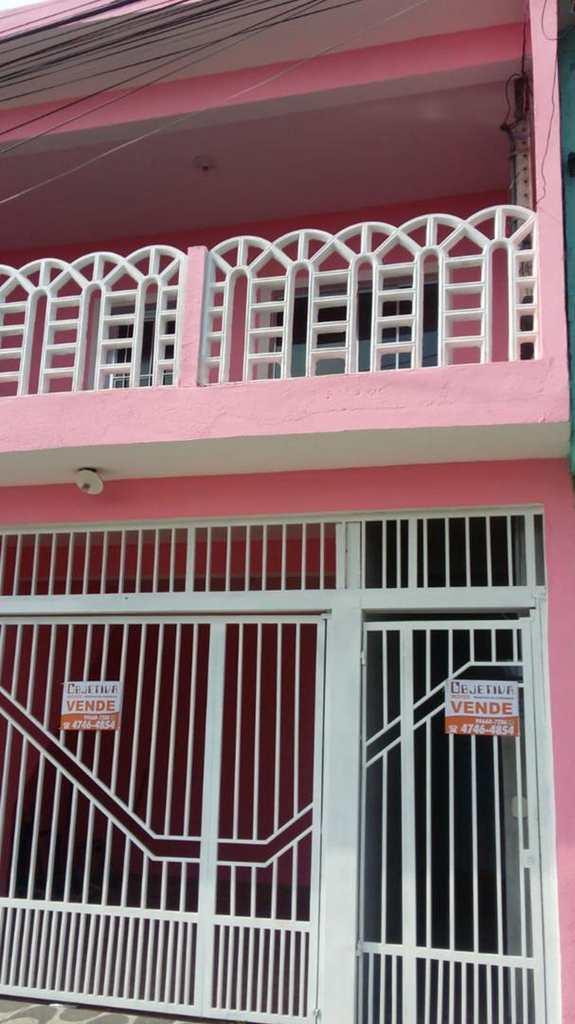 Casa em Suzano, no bairro Jardim Varan