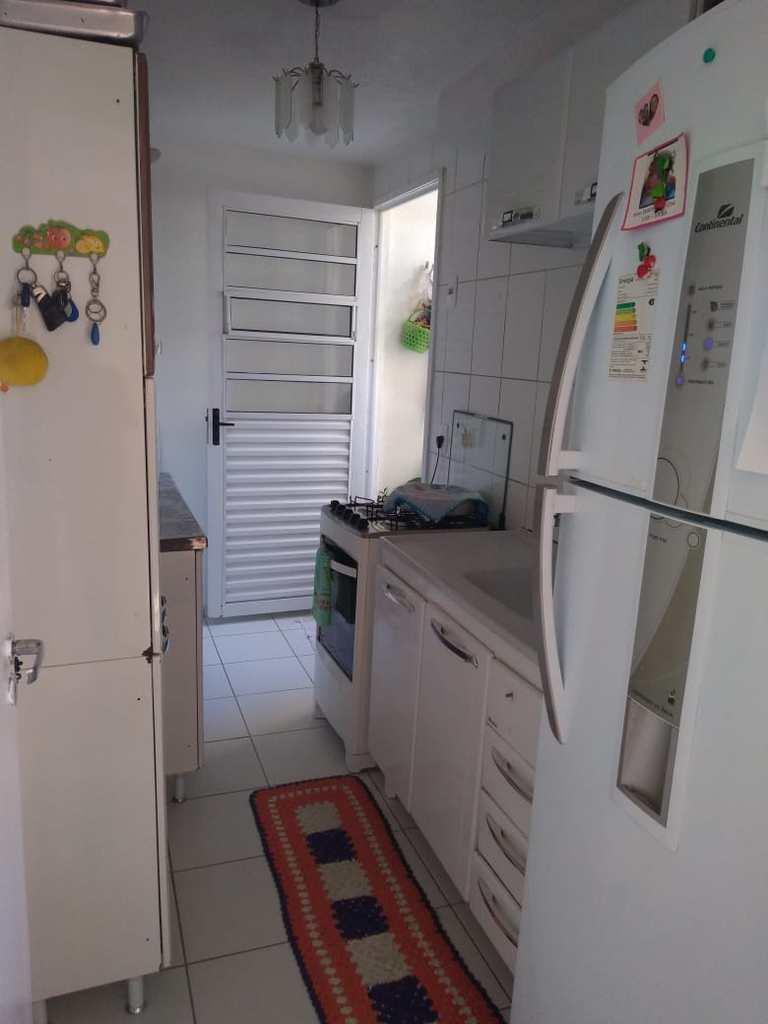 Apartamento em Suzano, no bairro Parque Santa Rosa