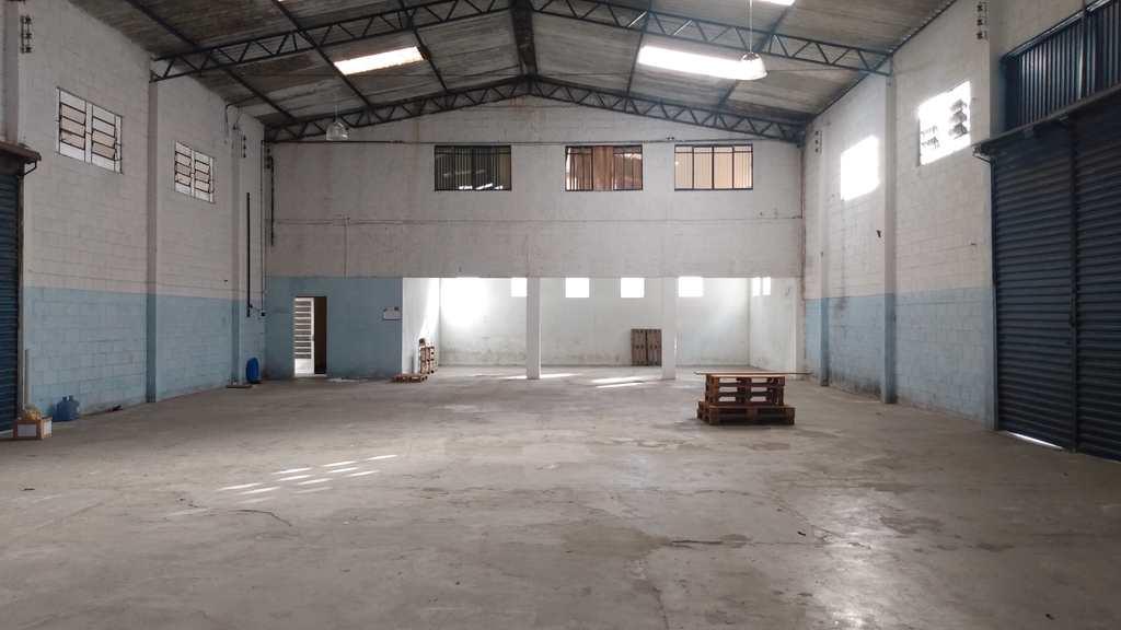 Galpão Industrial em Suzano, no bairro Vila Amorim