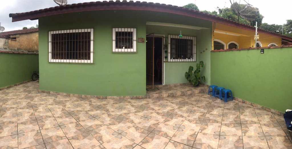 Casa em Bertioga, no bairro Indaiá