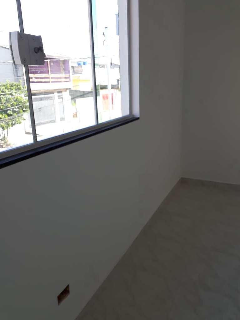 Sobrado em Itaquaquecetuba, no bairro Jardim Horto do Ipê