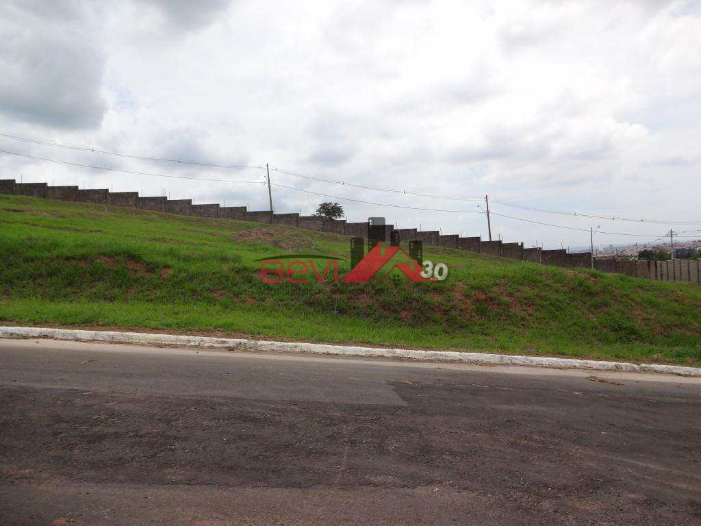 Terreno em Piracicaba, no bairro Campestre