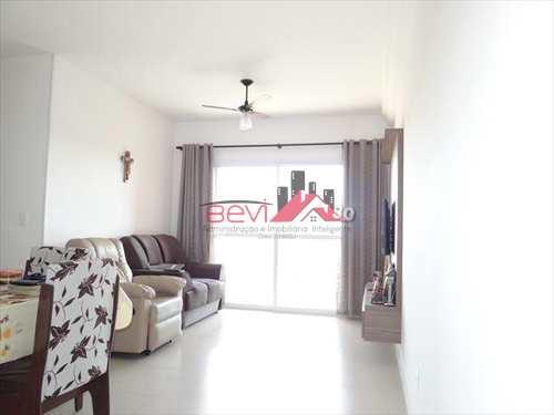 Apartamento, código 5748 em Piracicaba, bairro Jaraguá