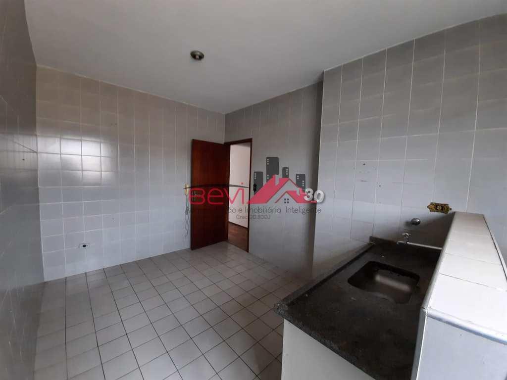 Apartamento em Piracicaba, no bairro Jardim Caxambu