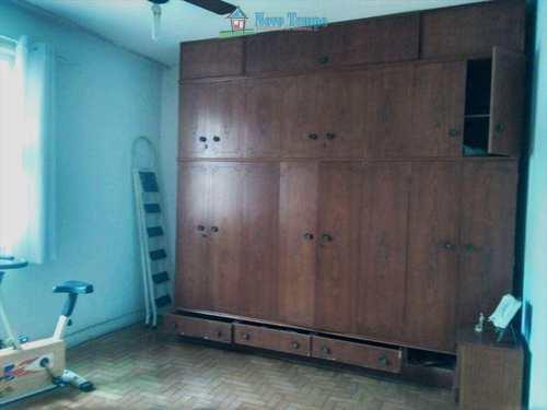 Apartamento, código 9575 em Santos, bairro Embaré