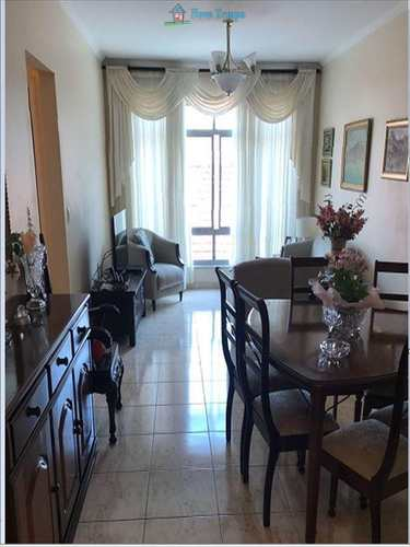 Apartamento, código 704 em Santos, bairro Marapé