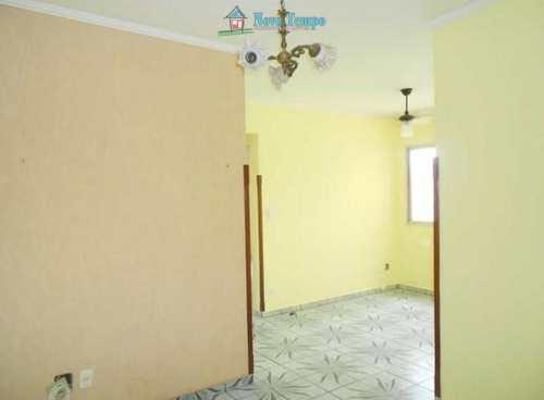 Apartamento, código 10575 em Santos, bairro Saboó