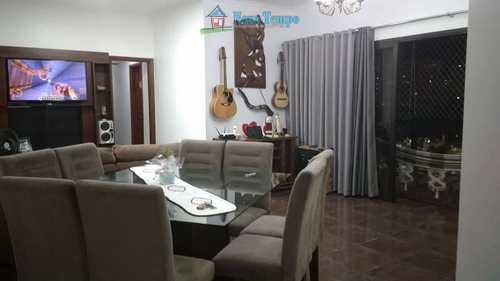 Apartamento, código 11056 em Santos, bairro Campo Grande