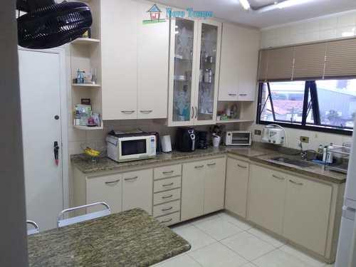 Apartamento, código 11269 em Santos, bairro Ponta da Praia