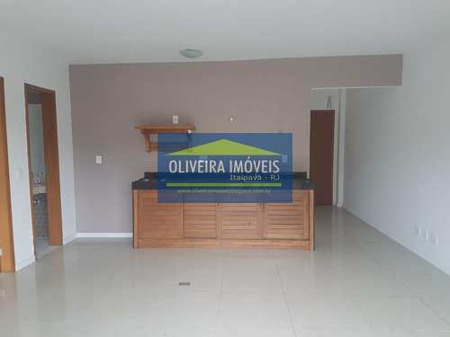 Apartamento, código 16 em Petrópolis, bairro Itaipava