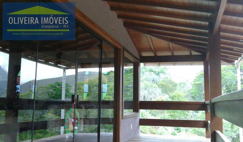 Casa em Petrópolis, bairro Araras