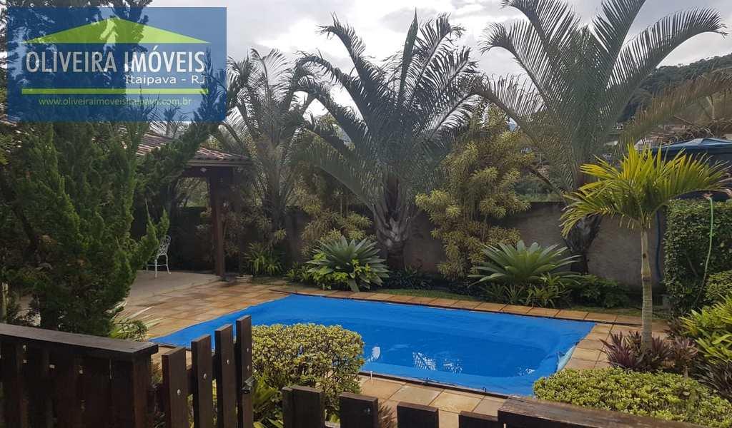 Casa em Petrópolis, bairro Nogueira