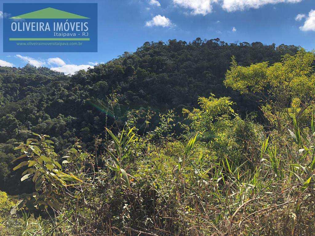 Terreno de Condomínio em Petrópolis, no bairro Itaipava