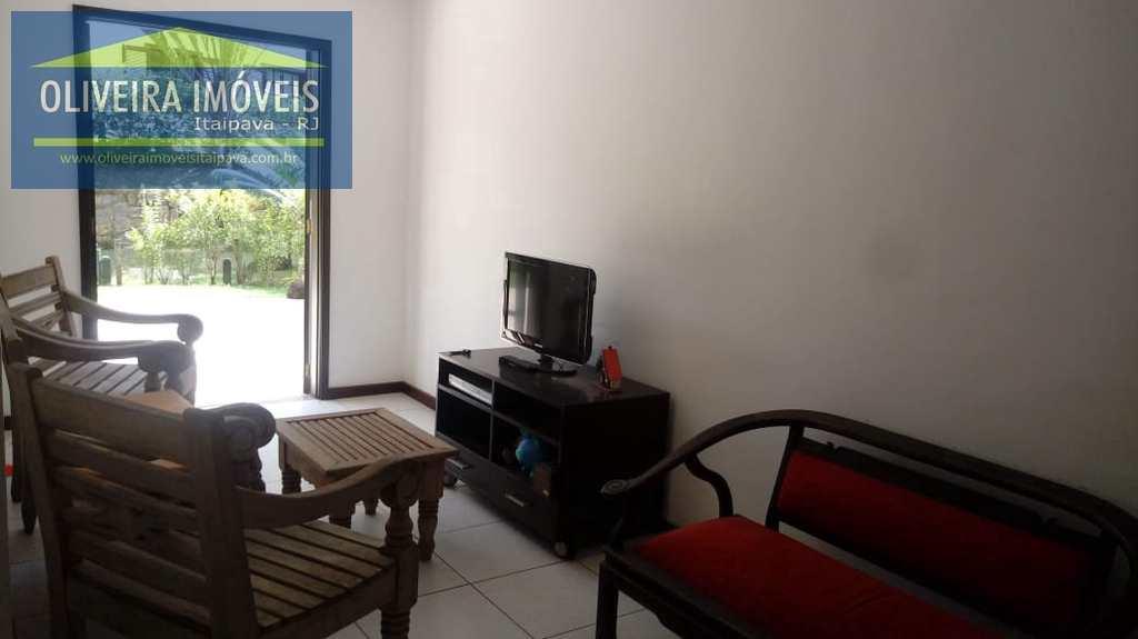 Apartamento em Petrópolis, no bairro Bonsucesso