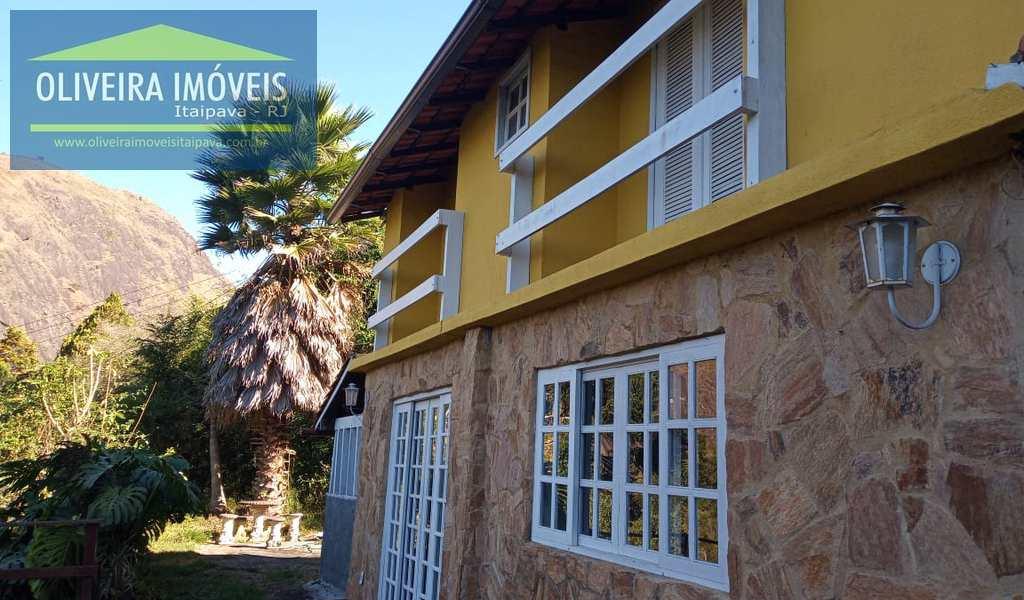 Casa em Petrópolis, bairro Corrêas