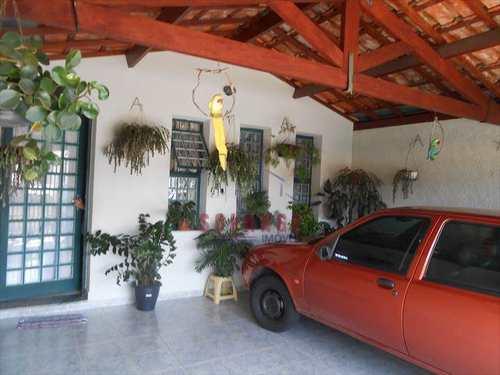Casa, código 1437 em Amparo, bairro Parque Rodrigues