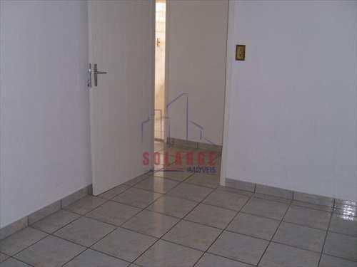 Apartamento, código 944 em Amparo, bairro Centro