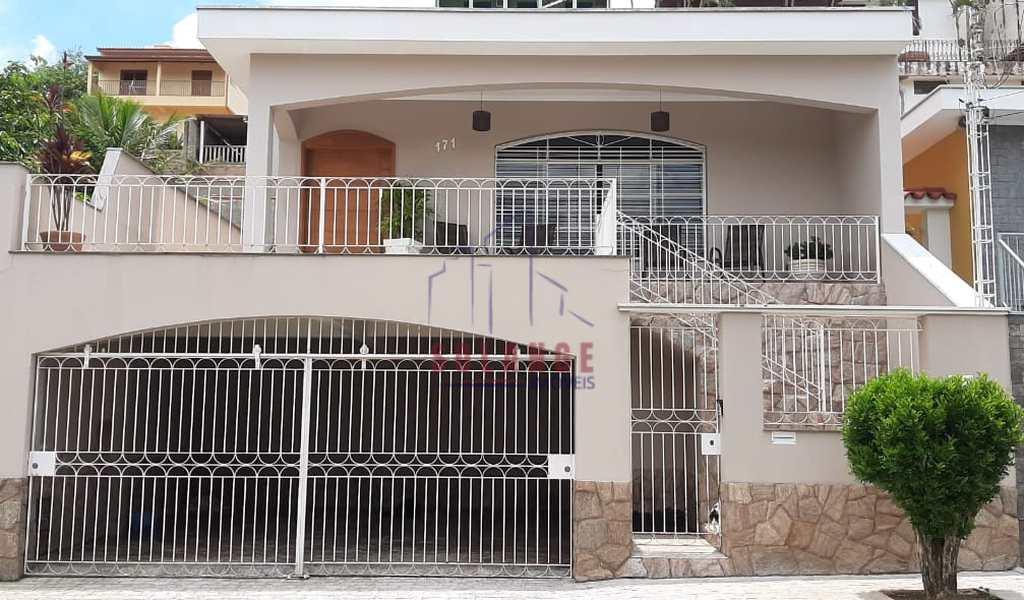 Casa em Amparo, bairro Jardim Novo Amparo