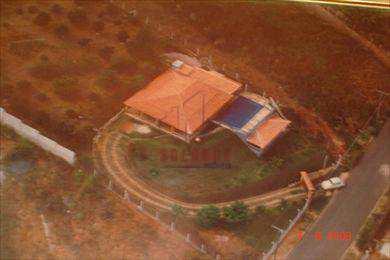 Chácara em Amparo, no bairro Parque Flamboyant