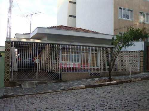 Casa, código 513 em Amparo, bairro Centro