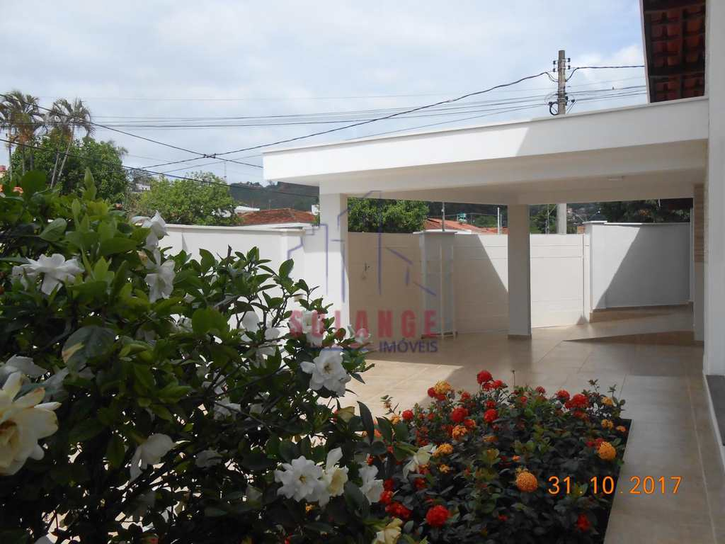 Casa em Amparo, no bairro Jardim Santo Antônio