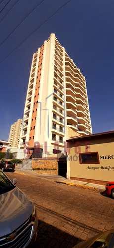 Apartamento, código 1709 em Amparo, bairro Centro