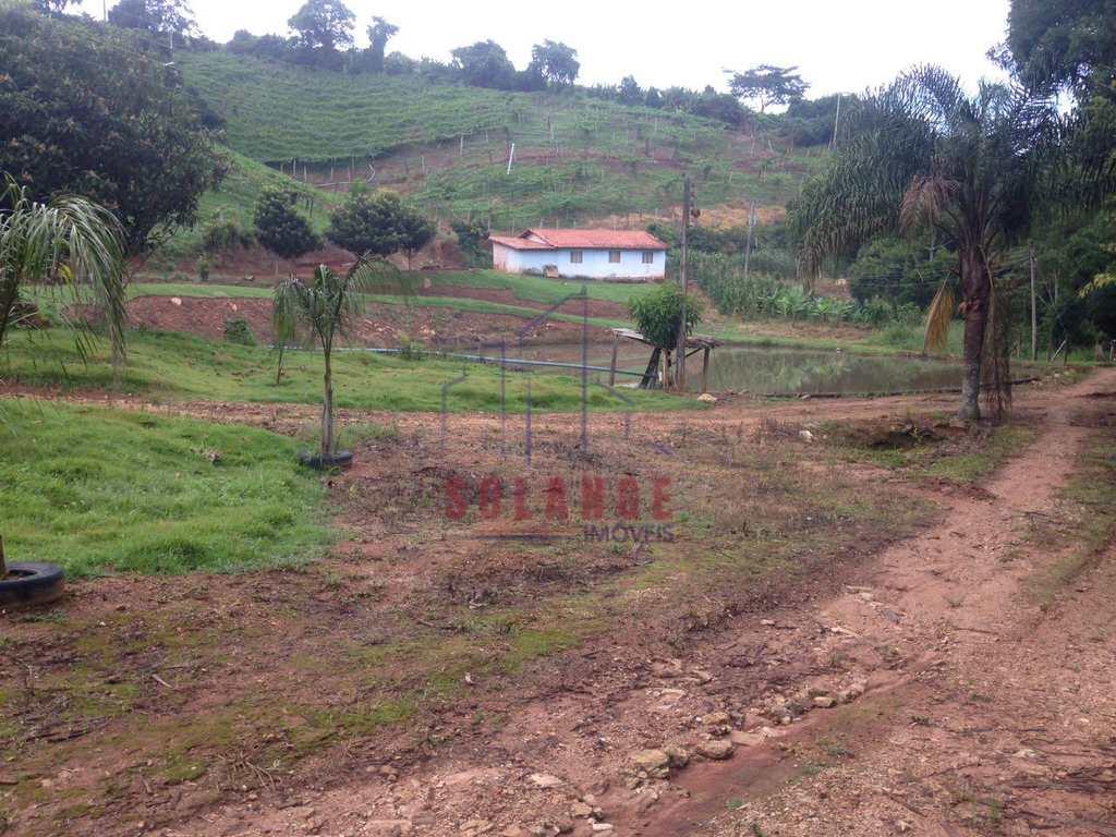 Sítio em Monte Alegre do Sul, no bairro Bairro da Moenda