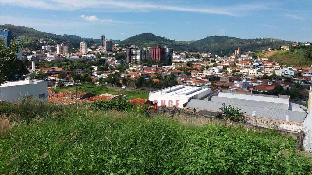 Terreno de Condomínio em Amparo, no bairro São Judas