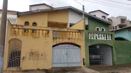 Casa, código 1765 em Amparo, bairro Jardim Adélia
