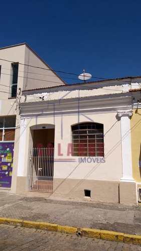 Casa, código 1778 em Amparo, bairro Centro
