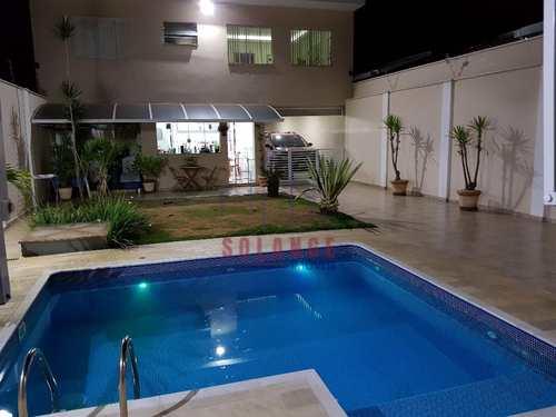 Casa, código 1826 em Amparo, bairro Parque Rodrigues