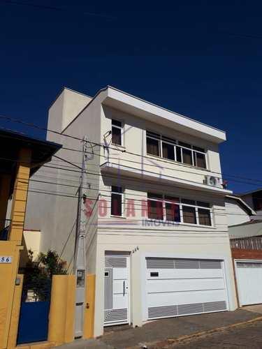 Casa, código 1837 em Amparo, bairro Centro